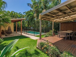 Noosaville 3 bedroom holiday home, minutes to the Noosa River