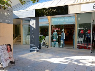 RETAIL SHOP FOR SALE HASTINGS STREET, NOOSA HEADS