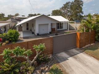 Beautifully maintained home in the heart of Maroochydore