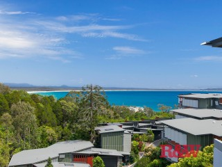 LUXURY LIVING IN NOOSA FOR THE WHOLE FAMILY