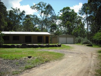 3 BEDROOM HOME WITH SHED