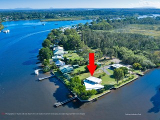 Your Own Slice of 62m Noosa North Shore Waterfront Paradise