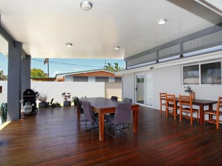 3 bedroom home minutes away from the beach... from $155 per night