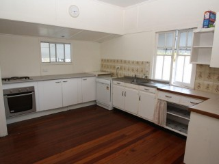 2 BEDROOM - CHARMING MINERS COTTAGE