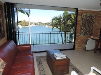 Quiet Waterfront Furnished Townhouse