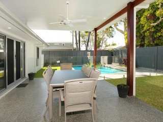 4 Bedrooms, Pool, Air Conditioning